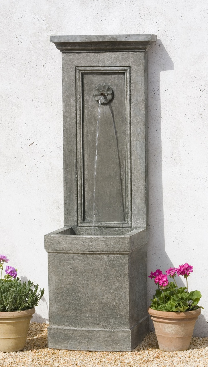 Auberge fountain statuesque wall fountain submersible light for Outdoor wall fountains